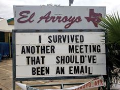 El Arroyo restaurant in Austin, Texas makes funny signs every day to serve a dose of LOL. This restaurant's signs are so funny you'd probably come back just to read them. Check 20 funny restaurant signs that are damn hilarious. Funny Pictures With Captions, Best Funny Pictures, Funny Quotes, Funny Memes, Humor Quotes, Humorous Sayings, Beer Quotes, Funny Cartoons, Haha