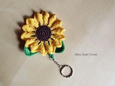 my sunflower Keychain Gloria Sweet Crochet www.gloriasweetcrochet.etsy.com