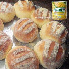 O que você acha de aprender como fazer pão de milho com uma receita de massa bem leve, fofinha e muito fácil de preparar? É ótimo pra fazer para vender.