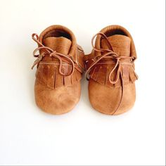 bébé chaussons mocassins / cuir caramel en détresse par ullaviggo
