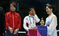 #SaritaDevi Indian female boxer refused to wear bronze medal.
