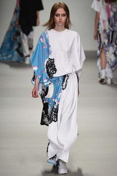 Central Saint Martins Fall 2015 Ready-to-Wear Fashion Show: Complete Collection - Style.com