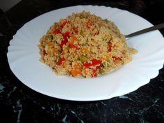 Kuskus se zeleninou na kari - Recepty.cz - On-line kuchařka - fotografie 1 Fried Rice, Quinoa, Risotto, Food Porn, Food And Drink, Soup, Vegetarian, Yummy Food, Baking