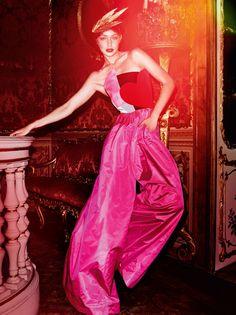 Gigi Hadid by Mario Testino for Vogue Paris November 2016 - Schiaparelli Fall 2016 Haute Couture