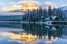 Winter Wonderland - Emerald Lake Yoho National Park [5350x3567][OC]