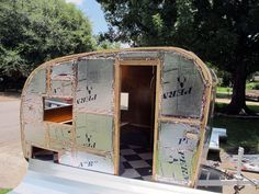 canned ham trailers – Page 3 – junebugflying Small Camper Trailers, Diy Camper Trailer, Shasta Camper, Mini Camper, Trailer Build, Travel Trailers, Small Caravans, Vintage Caravans, Vintage Trailers