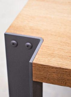 Table et bancs en chêne