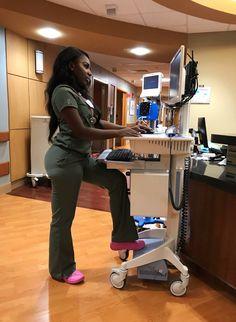 OB/GYN here I come 😚 . what's your dream career? Nursing Goals, Nursing Career, Nursing Graduation, Life Goals Future, Future Jobs, Future Career, Nurse Aesthetic, Beautiful Nurse, Beautiful Women