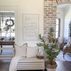 Tuscan Decorating, French Country Decorating, Decorating Your Home, Decorating Ideas, French Rustic Decor, Interior Decorating, Sunroom Decorating, Rustic Design, Modern Rustic