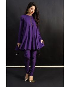 Stylish Dress Designs, Stylish Dresses For Girls, Designs For Dresses, Simple Pakistani Dresses, Pakistani Dress Design, Designer Party Wear Dresses, Kurti Designs Party Wear, Pakistani Fashion Party Wear, Pakistani Outfits