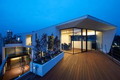 N-House by Takato Tamagami