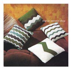 Crochet Chevron Pillow Pattern Vintage 1970s von DigitalPatternShop