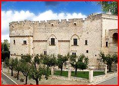 Castelli della Puglia, provincia di Brindisi, Carovigno: castello Dentice di Frasso