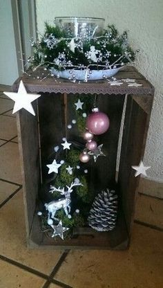Picture result for tinkering with mandarin tins dekoration - basteln bildergeb - event planningPicture result for tinkering with mandarin tins decoration crafts picture-makingBuilding a tree house for children in the garden - useful Rustic Christmas, Christmas Wreaths, Christmas Crafts, Xmas, Christmas Christmas, Christmas Decorations For The Home, All Things Christmas, Holiday Decor, Diy Crafts To Do