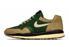"""Nike Air Safari Vintage Sneakers Fall 2012"" https://sumally.com/p/371368"
