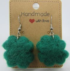 Ručně plstěné naušnice čtyřlístky Crochet Earrings, Drop Earrings, Handmade, Jewelry, Hand Made, Jewlery, Jewels, Craft, Jewerly