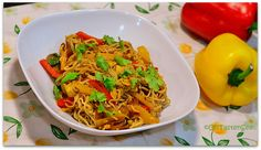 I had written a post about 'Shirataki Noodles' a few weeks back. This is a very simple stir fry and also a very versatile one. I usually add eggs and a whole bunch of veggies(any combin… Healthy Food, Yummy Food, Tasty, Healthy Recipes, Miracle Noodles, Shirataki Noodles, Hcg Diet, Noodle Recipes, Perfect Food