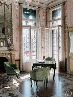 Good design is obvious. Great design is transparent. French Interior, Classic Interior, French Decor, Beautiful Interiors, Beautiful Homes, Marquise, Interior Decorating, Interior Design, Backyards