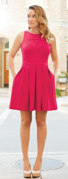 Bow pleated dress