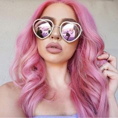 💕💜💕💜💕💜💕 5 shades of VIVIDS were used to make this gorgeous dimensional pink. 💗 Want to see more from - pravana_finland Hot Pink Hair, Pink Wig, Lilac Hair, Pastel Hair, Green Hair, Blue Hair, White Hair, Vivid Hair Color, Cute Hair Colors