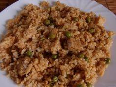egyszerű bácskai rizseshús Fried Rice, Fries, Food And Drink, Ethnic Recipes, House, Home, Haus, Nasi Goreng, Houses