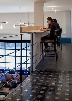 Bluecore Offices by Justin Huxol of HUXHUX Design for Homepolish