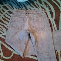 MEDIUM BLUE BOOTCUT JEANS BOGO Sweetheart bootcut jeans. Size 2 regular. Only worn one time, too big for me now. All jeans in my closet are buy one get one free this month. Just message me prior to your purchase and pick a free pair of jeans of equal or lesser value. Happy poshing! Old Navy Jeans Boot Cut