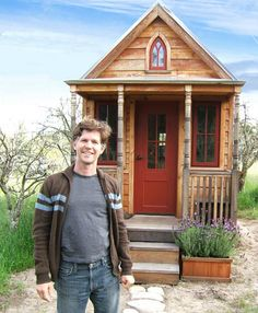 Tiny House Living  - Love the workmanship inside of this tiny home.
