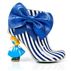 - Details - Size Guide Exude eccentricity in our fabulously fun Who In The World Am I? heeled boots featuring patent striped uppers with oversized metallic bows and Alice character heels. Funky Shoes, Crazy Shoes, Me Too Shoes, Weird Shoes, Heeled Boots, Shoe Boots, Shoe Bag, Alice In Wonderland Shoes, Shoes