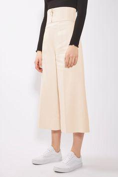 http://us.topshop.com/en/tsus/product/corset-trousers-by-boutique-6358512?bi=20