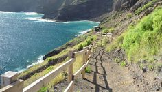 The island of La Gomera, with its narrow and deep ravines, steep and rugged mountains, is crisscrossed by a network of trails. These trails were also known as p