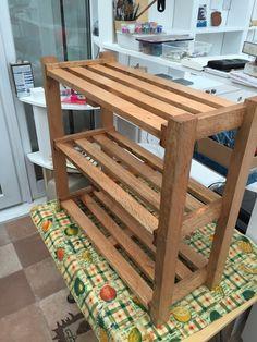 Pallet Furniture Designs, Diy Furniture Projects, Woodworking Projects Diy, Woodworking Furniture, Diy Wood Projects, Home Decor Furniture, Wood Furniture, Diy Home Decor, Woodworking Organization