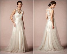 Simple and elegant lace wedding dress!! Beautiful for an afternoon outdoor wedding!