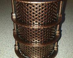 Handmade Gold Bronze Polyhedron Geometric Table от LightingAlchemy