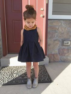 Light denim version of this dress, $10 pattern. Great for Sophia.