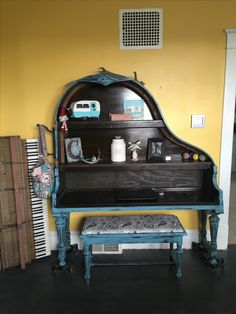 Turn a baby grand piano into the most perfect piano desk!
