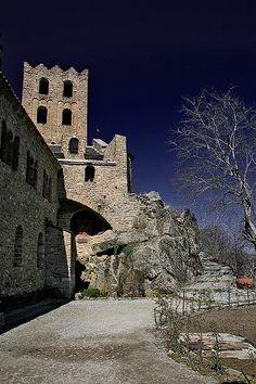 Sant Martí de Canigó, des de dalt    Near Casteil, France