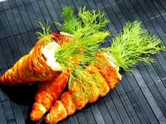 Aperitive festive - simonacallas Cooking Tips, Cooking Recipes, Romanian Food, Food Art, Carrots, Food And Drink, Appetizers, Sweets, Snacks
