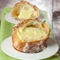 A very tasty recipe for custard popovers. A special treat for any diner party.�. Custard Popovers Recipe from Grandmothers Kitchen.