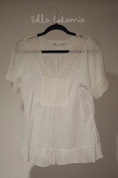 Boho white tunic with lace detailing by BellaBohemiaVintage