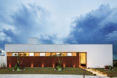 Casa Caxambu / Aresto Arquitetura