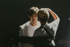 Image uploaded by ᴜᴛᴏᴘɪᴀ. Find images and videos about bts, v and bangtan boys on We Heart It - the app to get lost in what you love. Jimin Jungkook, Bts Taehyung, Kpop, Bts Clothing, Bts Wings, Most Beautiful Faces, Foto Instagram, Bts Boys, Korean Singer