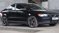 Those rims look great with the Volvo Volvo S40 T5