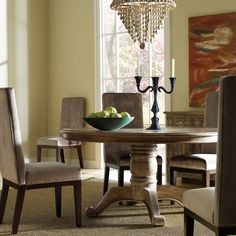 Classic Home // Hampton Round Dining Table