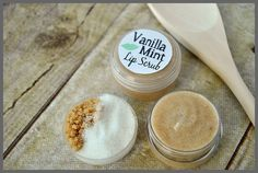Easy DIY Vanilla Mint Lip Scrub recipe at Sparkles of Sunshine.