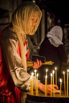 Candles - The Church of the Holy Sepulchre, Jerusalem 2012, via Flickr.