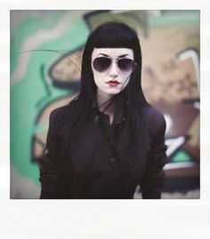 I will have my hair like this Dark Beauty, Gothic Beauty, Dark Fashion, Gothic Fashion, Cabello Pin Up, Betty Bangs, Casual Goth, Corporate Goth, Colors