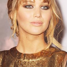 Jennifer Lawrence @ The Hunger Games premiere
