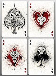 Quatro cartas de naipes de diferentes mas ambas são As , estas cartas estão muito bem representadas .