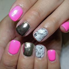 21 Marble Nail Designs at CherryCherryBeauty.com
